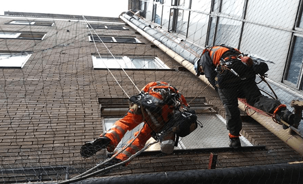 Rope access to install bird netting